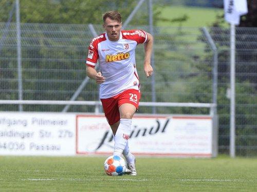 😍 OneFootball-Ranking: Die schönsten Heimtrikots der 2. Bundesliga