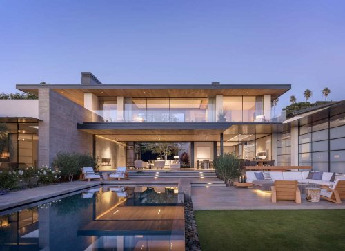 Stunning oceanfront home in La Jolla designed for indoor-outdoor living
