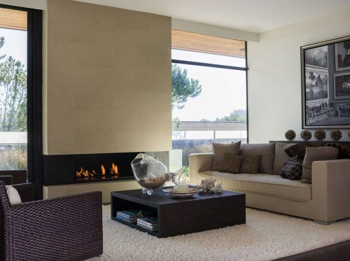 See the incredible transformation of a midcentury Eichler in Burlingame