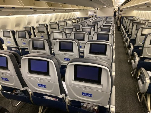 United Airlines To Add Seatback TVs To Old Planes | One Mile at a Time