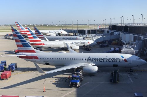 Uh Oh: American Airlines Canceling Hundreds Of Flights This Weekend