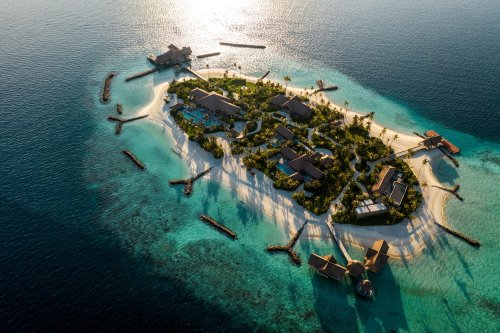 Luxury World Class Resorts, Hotels, Villas, Rentals and Accommodations cover image