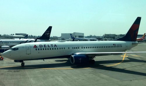 Delta 12Status: Free SkyMiles For Seahawks Fans   One Mile at a Time