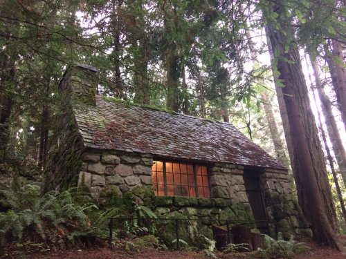 The Secret Garden In Oregon That's Straight Out Of A Fairy Tale