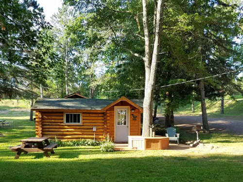 The Log Cabin Resort Is A Log Cabin Campground In Wisconsin That May Just Be Your New Favorite Destination