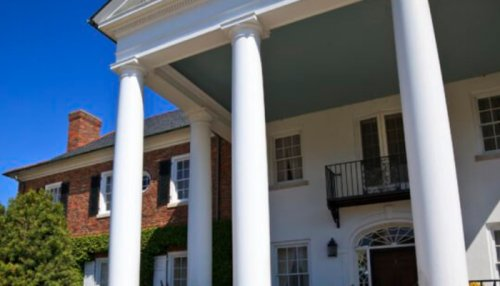 Few People Know The Real Reason Porch Ceilings In South Carolina Are Painted Haint Blue In Color