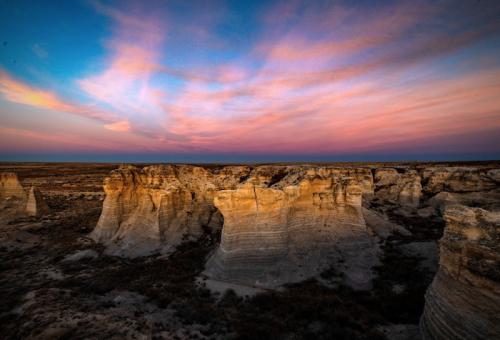 Little Jerusalem Badlands State Park In Kansas Is Truly Something To Marvel Over