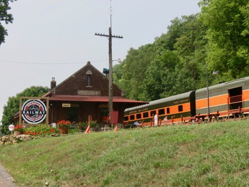 This 1.5-Hour Train Ride Is The Most Relaxing Way To Enjoy Wisconsin Scenery
