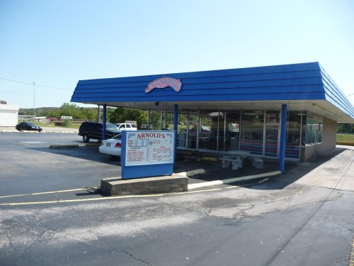 Everyone Goes Nuts For The Hamburgers At Arnold's, A Nostalgic Eatery In Oklahoma