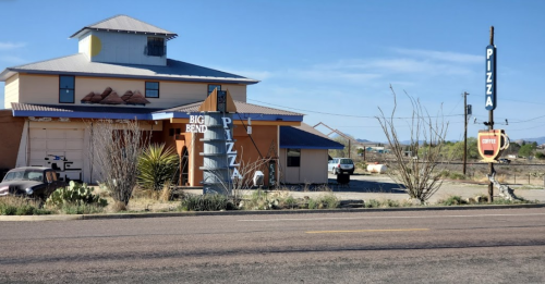 The Best Pizza In Texas Is Hiding In The Middle Of The Desert At Big Bend Pizza