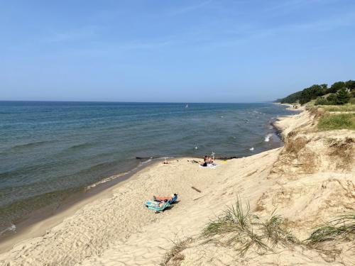 Windsnest Park Is The Prettiest Lake Michigan Beach That You've Never Heard Of