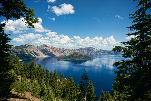 Crater Lake National Park: The Most Picturesque Lake In The Country