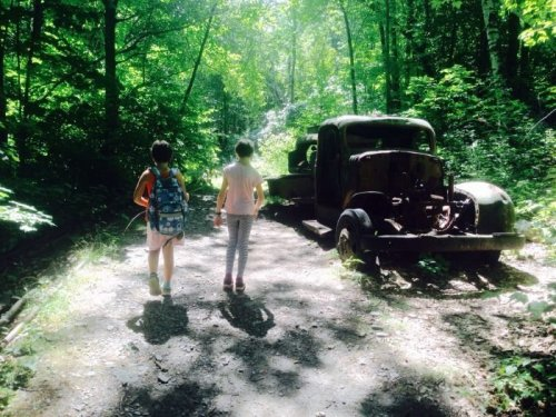These 7 Massachusetts Hiking Trails Lead To Some Incredible Pieces Of History