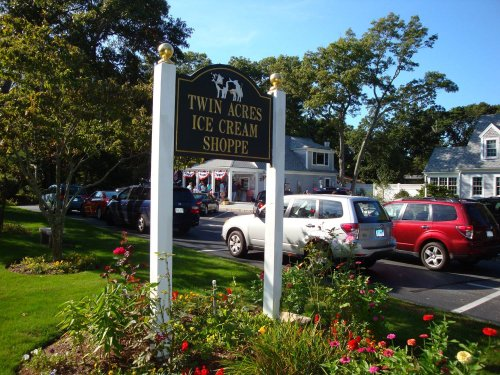 Sample Over 70 Flavors Of Ice Cream At Twin Acres, A Roadside Ice Cream Shop In Massachusetts