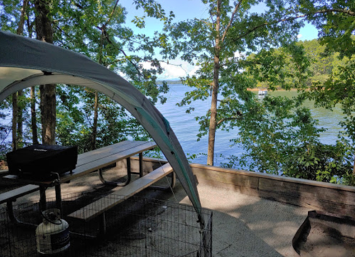 South Carolina's Best Kept Camping Secret Is This Lakeside Spot With More Than 100 Glorious Campsites