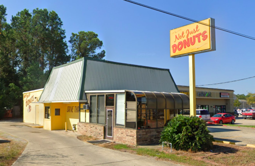 Devour The Best Homemade Donuts At This Bakery In Louisiana