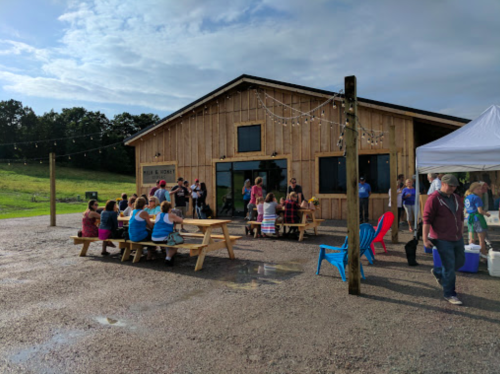 Named The Best In The Country, Milk and Honey Ciders Is A Small-Town Minnesota Cidery That You've Got To Visit