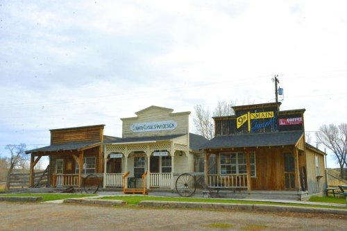 Learn About Montana's Fascinating Past At The Quirky Old Trail Museum