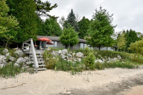 Forget The Resorts, Rent This Charming Waterfront Home In Wisconsin Instead