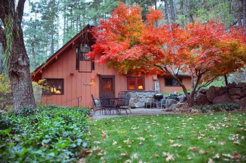 Make Your Fall Magical With A Stay In These 7 Cozy Cabins In Arizona
