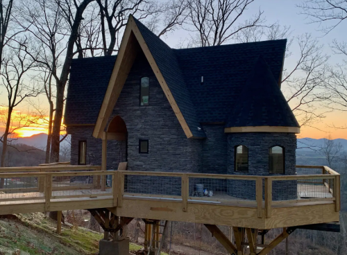 The Harry Potter-Themed Airbnb Treehouse In North Carolina Is An Idyllic Getaway For Potterheads Of All Ages