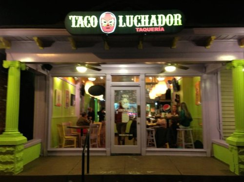 Taco Luchador Highlands Is A Tiny Restaurant In Kentucky That Serves Delicious Mexican Food