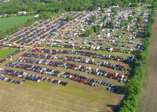 An Enormous Minnesota Flea Market, Wright County Swappers Meet, Offers Countless Treasures You Can Browse For Hours