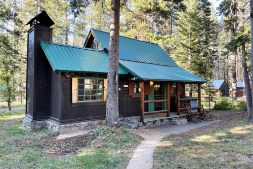 An Overnight Stay At This Secluded Cabin In Northern California Costs Less Than $100 A Night And Will Take You Back In Time