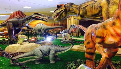 There's A Dinosaur-Themed Museum Activity Center In Southern California Called Wonder of Dinosaurs