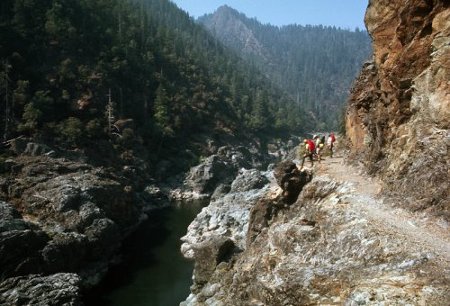 The Most Underrated Place In Oregon, Rogue-River Siskiyou National Forest Is Absolutely Magical