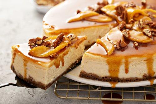 Your New Favorite Fall Dessert: Caramel Apple Cheesecake
