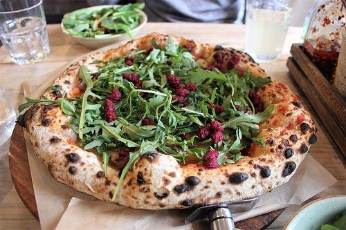 4 Vegan Pizza Recipes, Because Everyone Deserves 'Za