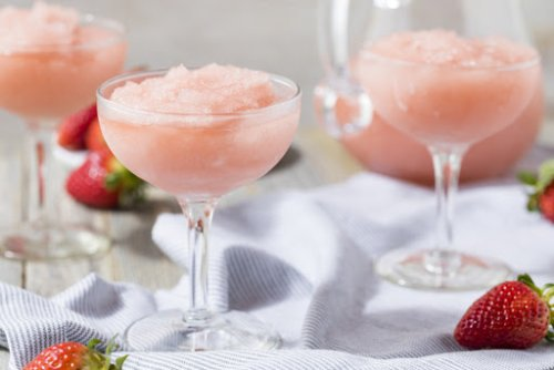 Frosé: A Cocktail To Keep You Cool All Summer Long