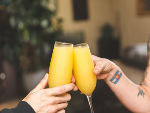 Make A Delicious Mimosa, The Perfect Brunch Cocktail
