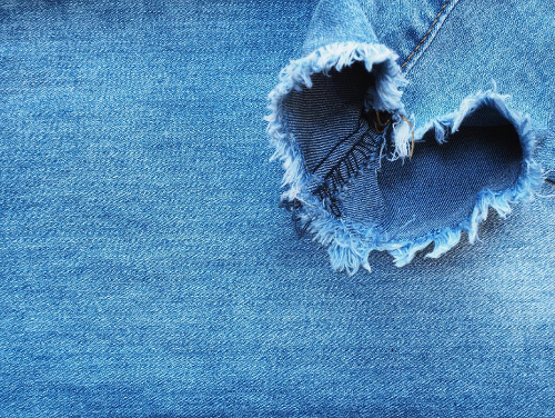 The Ultimate Guide to DIY Distressed Denim