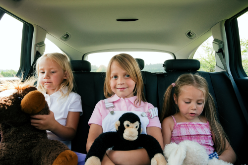 How to Survive a 10+ Hour Road Trip with Kids
