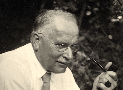 Carl Jung Offers an Introduction to His Psychological Thought in a 3-Hour Interview (1957)