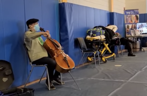 Yo-Yo Ma Plays an Impromptu Performance in Vaccine Clinic After Receiving 2nd Dose