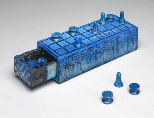 Learn to Play Senet, the 5,000-Year Old Ancient Egyptian Game Beloved by Queens & Pharaohs