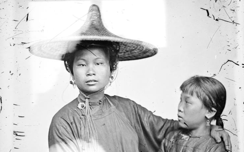 Behold the Photographs of John Thomson, the First Western Photographer to Travel Widely Through China (1870s)