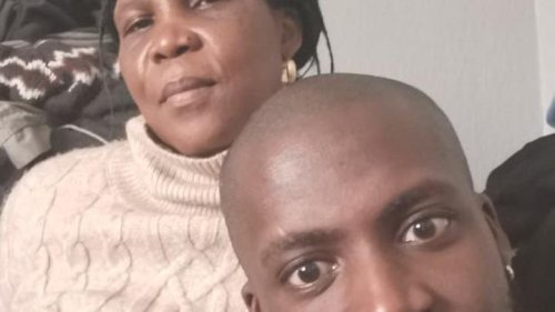 Londoner mends relationship with mum after Ghanaian doctor explains mental health condition in her language