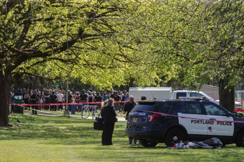 Portland police fatally shoot man in Lents Park