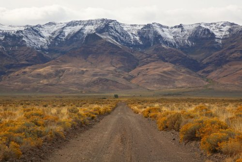 Take a fall road trip around Oregon for foliage, mountain views and more