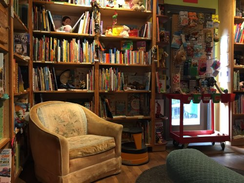 Who engages with books, and how? Portland State University study tells new story about consumer behavior