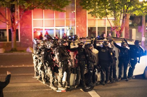 Officers, sergeants resign en masse from Portland's Rapid Response Team crowd control unit