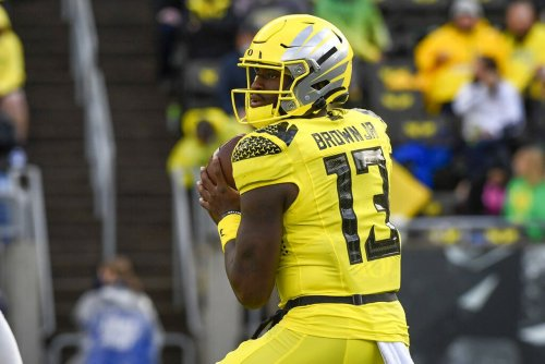Oregon Ducks QB Anthony Brown Jr. 'looks really good' after apparent injury, entering Pac-12 opener against Arizona