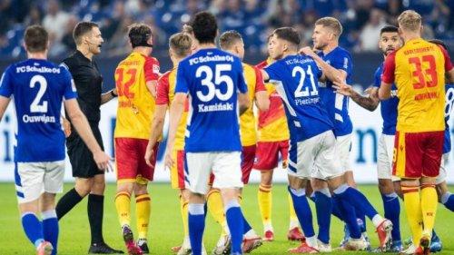 Schalke verliert nach Fährmann-Patzer - Nürnberg mit Joker