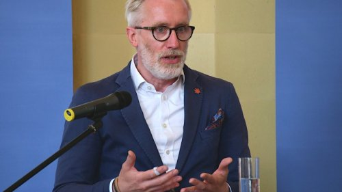 Trotz Impfung: Linke-Politiker Benjamin-Immanuel Hoff an Covid-19 erkrankt