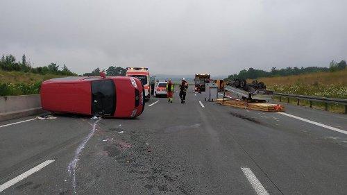 A9 zwischen Dittersdorf und Triptis nach Unfall voll gesperrt