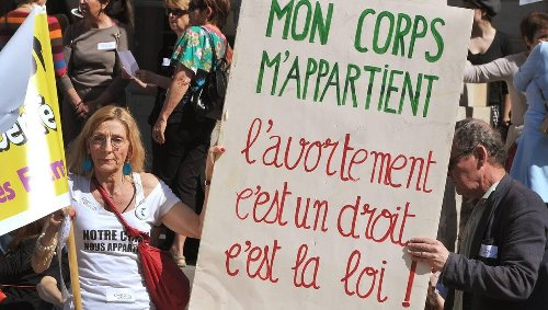 À Saint-Brieuc, une marche pour défendre le droit à l'avortement